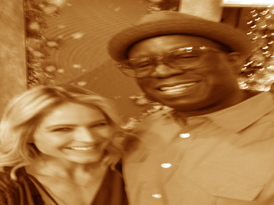 Good Morning America GMA features Sara Haines and DJ Carl©