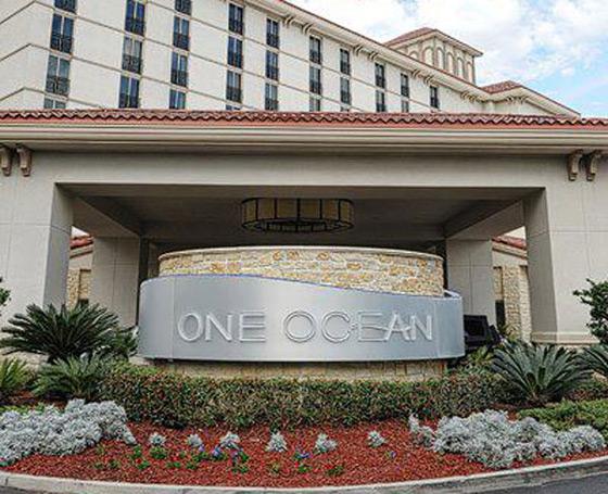 One Ocean Resort & Spa in Jacksonville