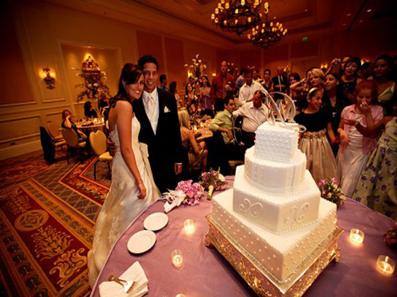 Orlando Florida Luxury Hotel cake