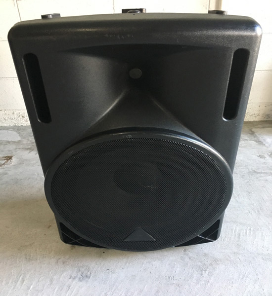 Rent Behringer B215D Powered Speakers in Orlando Florida