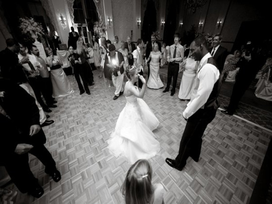 whose-wedding-is-it-anyway-610-orlando-dancing-guests-djcarl